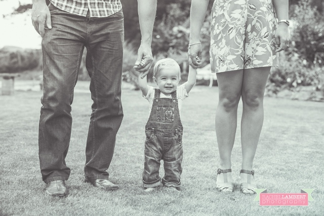 rachel-lambert-photography-south-wales-UK-WEDDING-FAMILY-PORTRAIT-LAUPAU-9139